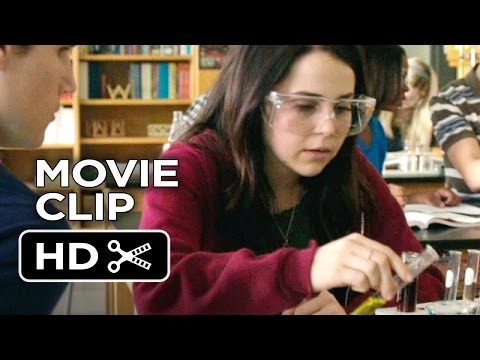 The DUFF Movie CLIP - Duffy Lab (2015) - Mae Whitman, Robbie Amell Comedy HD