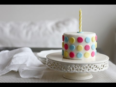 How to Decorate a Cake Using Fondant YouTube