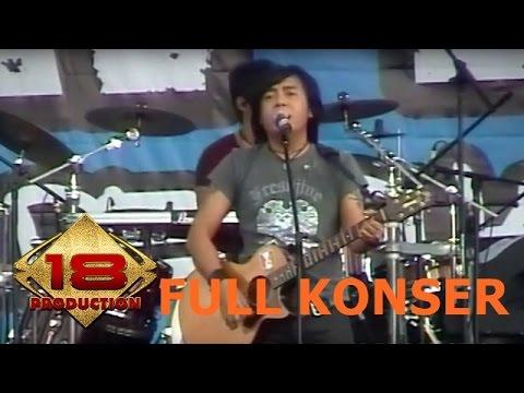 Ari Lasso' Suaranya Bikin Baper Penonton ... !! (Live Konser Lampung 16 Maret 2008)