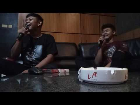 Duet Maut Karaoke Orang Gagap Darmaji vs Sukran Toilet