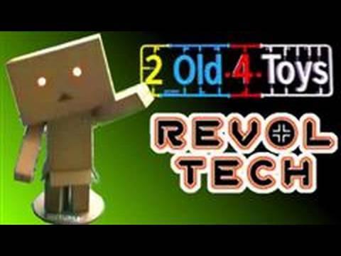 Revoltech DANBOARD - The Cardboard Robot Figure! Yotsuba@!