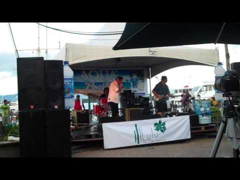 Warwick Murray and the Brew - Hey Billie Jean Blues (Live at Fiji Jazz and Blues 2012)