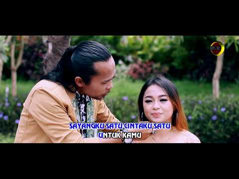 Dewi Ayunda Feat. Arya Satria - Sayangku Satu [OFFICIAL]