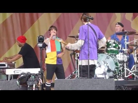 Red Hot Chili Peppers - Ethiopia (Jazz Fest 04.24.16) HD