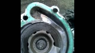 видео Обслуживание системы охлаждения УМЗ-417, водяной насос, проверка