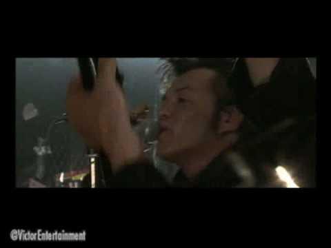 映画「クローズZERO II」エンディングテーマ。実際の映画本編映像を使用し、監督は三池崇史自らによるもの。出演も果たしているTHE STREET BEATSの世...