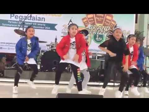 Azahra leola - Move It
