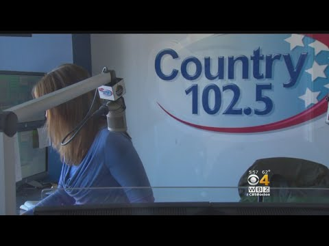 Country Radio Station Comforts Listeners In Wake of Las Vegas Shooting