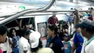 Repeat youtube video pelea en el ferro estacion charallave sur parte 2