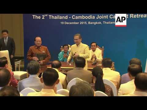 Thai and Cambodia PMs hold briefing