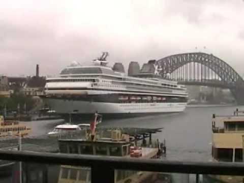 Cruise ships in Sydney - Mercury