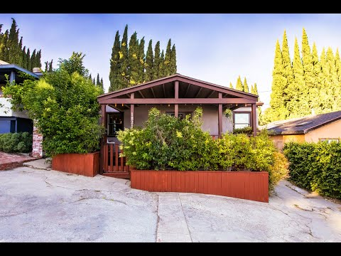 biggest-little-house-in-echo-park!