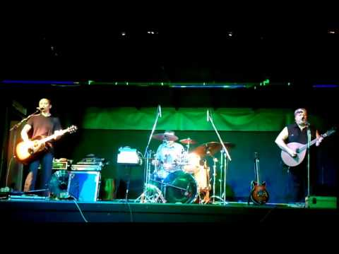 """Fearn (Celtic Electric Folk): 05 - """"Song Of The lonely Mountain"""""""
