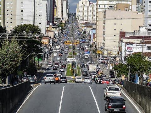 CENTRO DE CURITIBA - PASSANDO EM FRENTE MISTER MALTE | 4º EIXO CAÇAMBA
