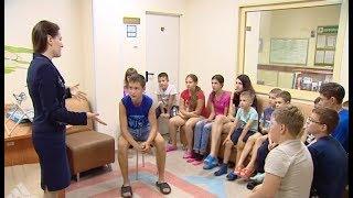 Уроки иностранного языка проводят в детской окружной больнице