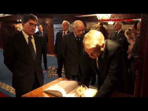 Réveil-FM: Jean-Marc Ayrault visite le mausolée Mohammed V à Rabat