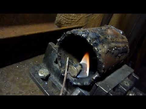 Interesting Lithium 18650 welding burn test with 2 welding rods