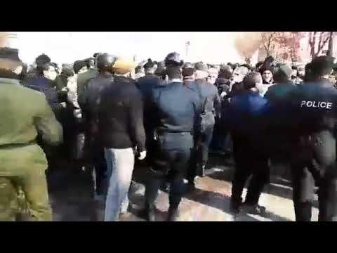 حملهی ماموران نیروی انتظامی به تجمع بازنشستگان در تبریز