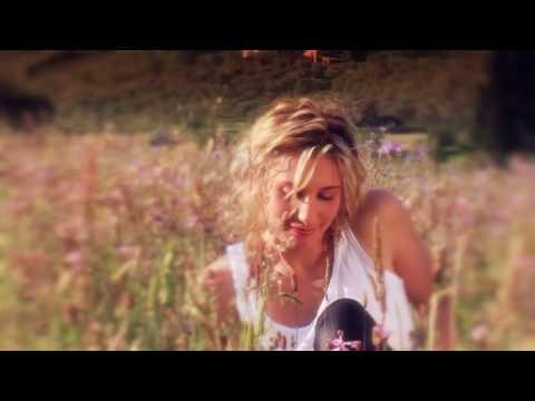 CLAIRE - C'est la ouate [OFFICIAL VIDEO]