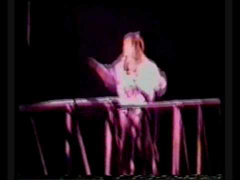 Bon Jovi - Pink Flamingos / Let It Rock (Sydney 1989)