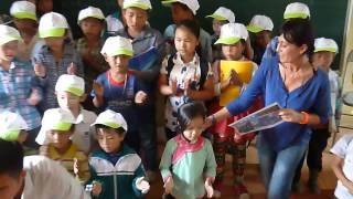 AHELP  A Sa Pa la chanson des enfants -   video numero 7 le 19 08 2015