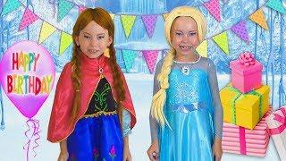 PRINCESAS Elsa And Anna celebra cumpleaños