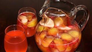 Компот из яблок и ягод. Как сварить яблочный компот. Фруктовый компот