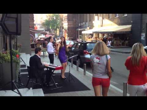 WOW Very Beautiful Lady Singing Sting... Street Music