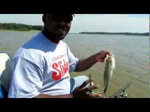"Crappie Fishing Arkabukla Lake Mississippi Late May 2012; 12"" Crappie Size Limit not 14"""