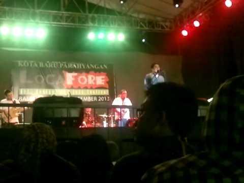 Glenn Fredly Perform @ Locafore 2013 (Part 2)