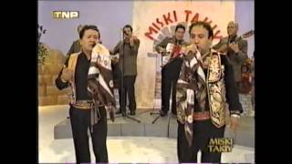 AGONIAS DEL RECUERDO muliza cantan Alberto Martinez y Olando Sauñe Peru