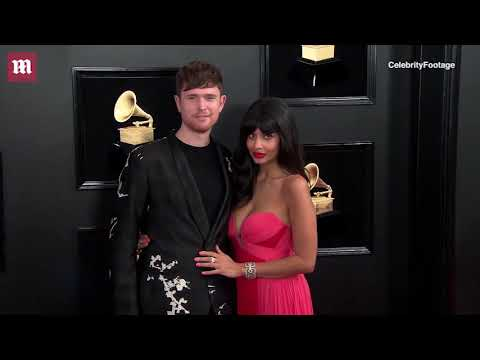 Jameela Jamil and James Blake get close at 2019 Grammy Awards Mp3