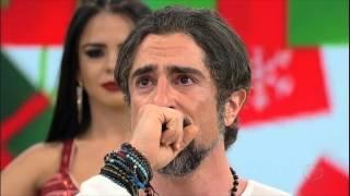 Mion chora com homenagem de Simone & Simaria