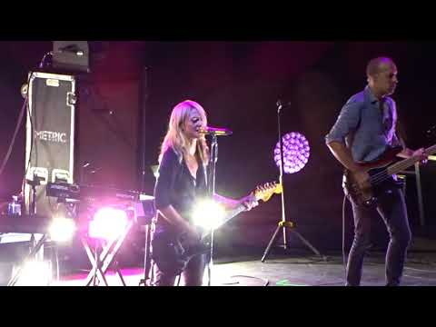 Metric - Gold Guns Girls - Live at Little Caesars Arena in Detroit, MI on 8-5-18
