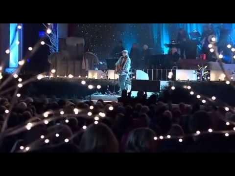 Ulrik Munther - Kill For Lies (Live @ Jullotta på Liseberg 2011)