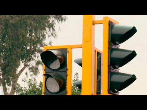 Denuncian inoperatividad de semáforos en varios puntos de Lima   Punto Final
