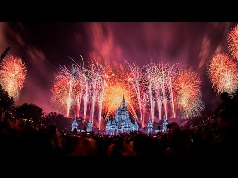 disneyparkslive-fantasy-in-the-sky-new-years-eve-fireworks-disney-world