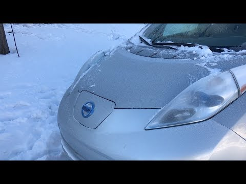 Nissan Leaf - Cold Weather Driving A Frosty Leaf