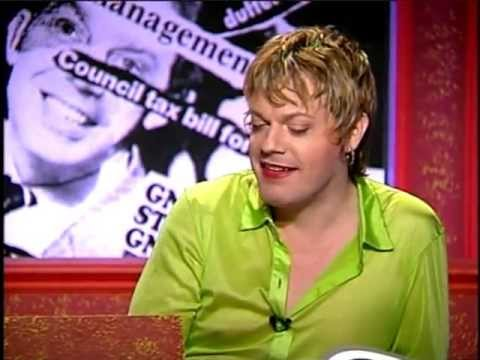 Eddie Izzard is better than Piers Morgan! The Brits knew it in 1996