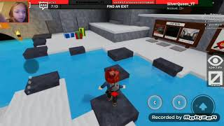 PLAYING FLEE THE FACILITY IN ROBLOX(jew update!)