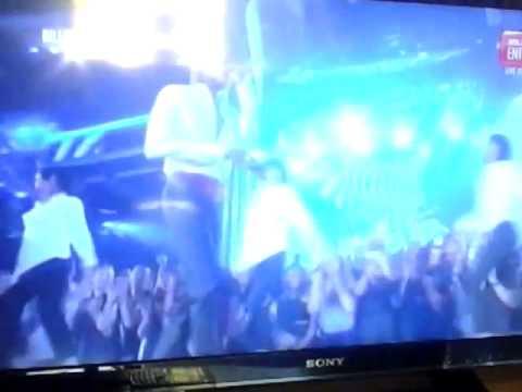 Fall Out Boy - Uma Thurman BBMA
