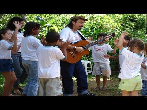 Clique e veja o vídeo Musicalização Infantil - Canções de Roda