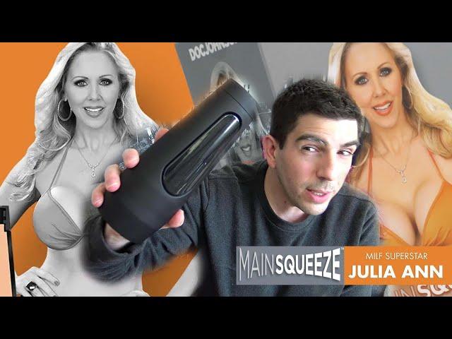 Mainsqueeze JULIA ANN : pour ceux qui aiment les MILF, ce masturbateur doc johnson est pour vous !