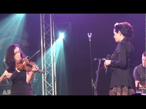 Natalie Merchant sings Crazy Man Michael at Cambridge Folk Festival 2010