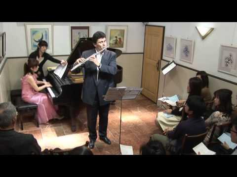Vincent Lucas(flûte)à Maeterlinck 2017(la pâtisserie à Yokohama)