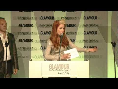 Paloma Faith calls Lily Allen 'a penis' at the Glamour Awards