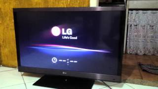 TV LG 42LW5700 Liga e Desliga intermitentemente (Se prende y se apaga sola)