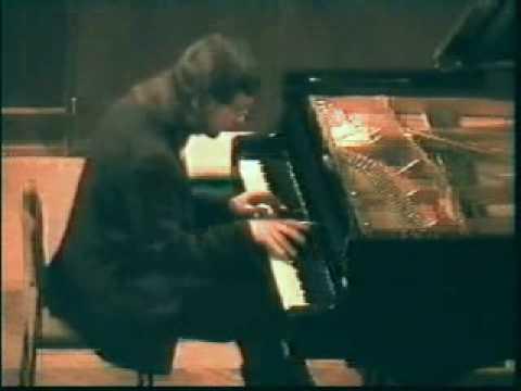RUSLAN SVIRIDOV - Chopin. Scherzo no. 2 in b-flat, op. 31