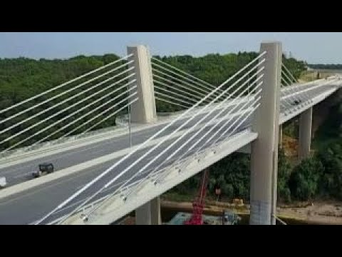 'Miracle bridge' opens near Minneapolis