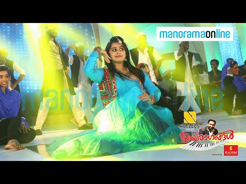 hansiba,-manikuttan-pair-dancing-to-the-tunes-of-mehruba-|-jayaragangal
